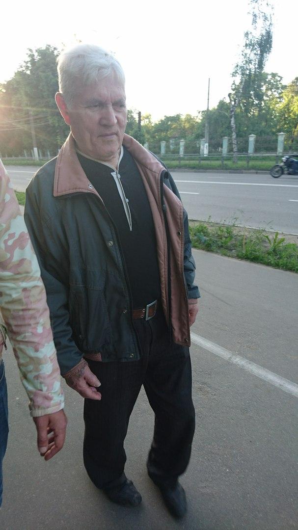 Благодаря неравнодушию тверичанки дедушка, страдающий потерей памяти, попал домой