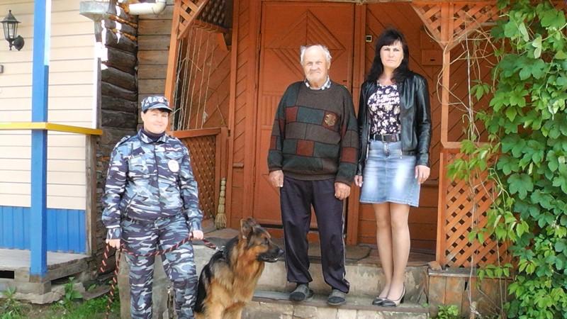 В Тверской области служебная собака по кличке Викинг разыскала пропавшего пенсионера