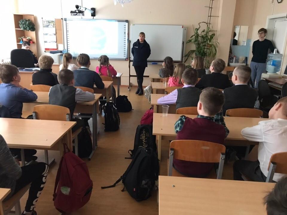 Профилактическая беседа в 5 и 6 классах МОУ СОШ №14 города Твери