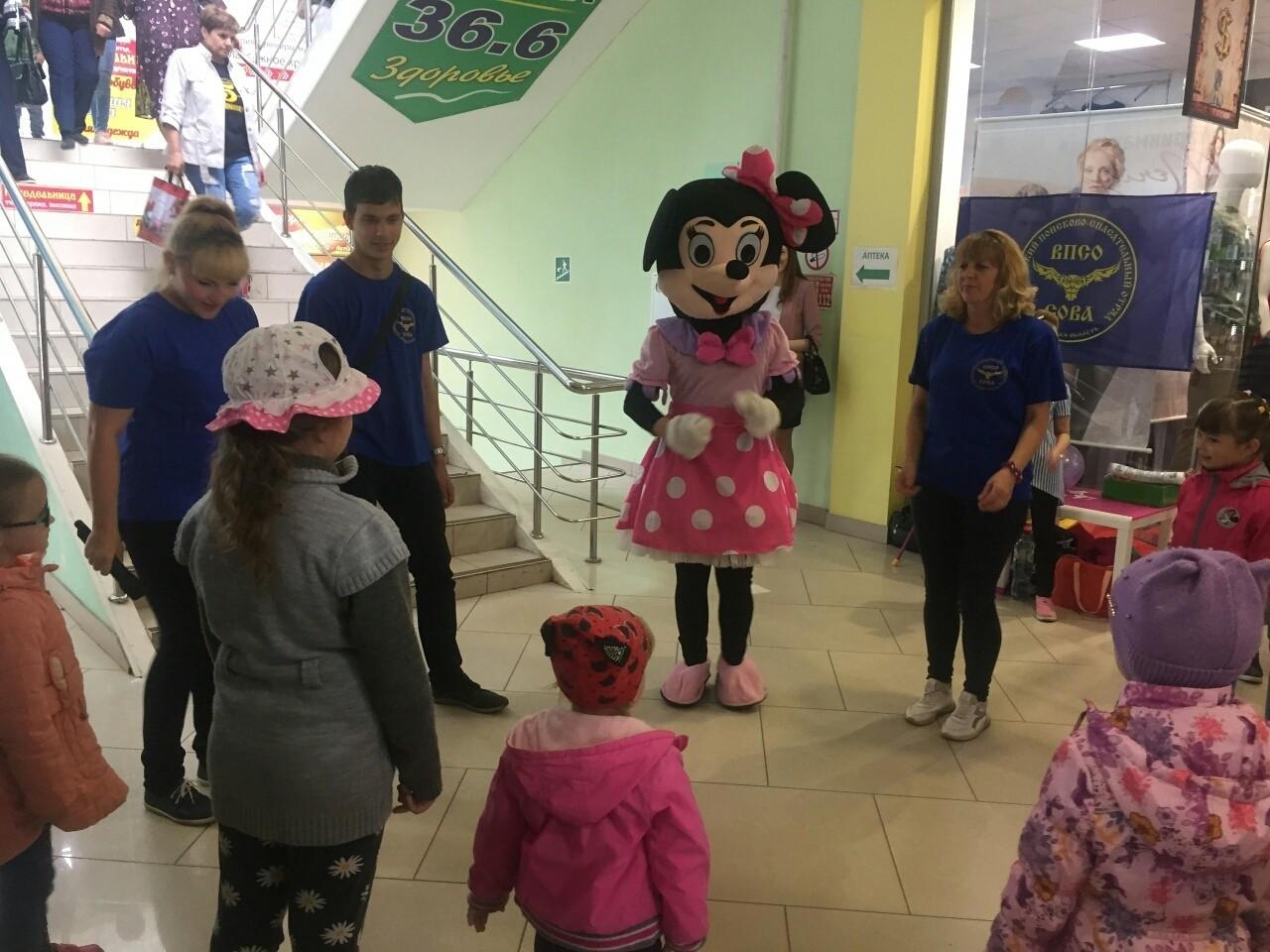 В Бежецке в День города прошло развлекательно-профилактическое мероприятие от волонтеров